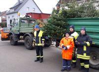 Weiterlesen: Abholung der Weihnachtsbäume - Jugendfeuerwehr spendet Erlös